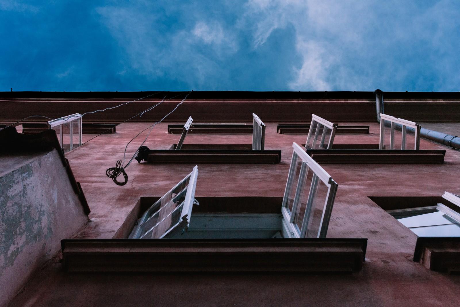 nauka hiszpańskiego tirar la casa por la ventana